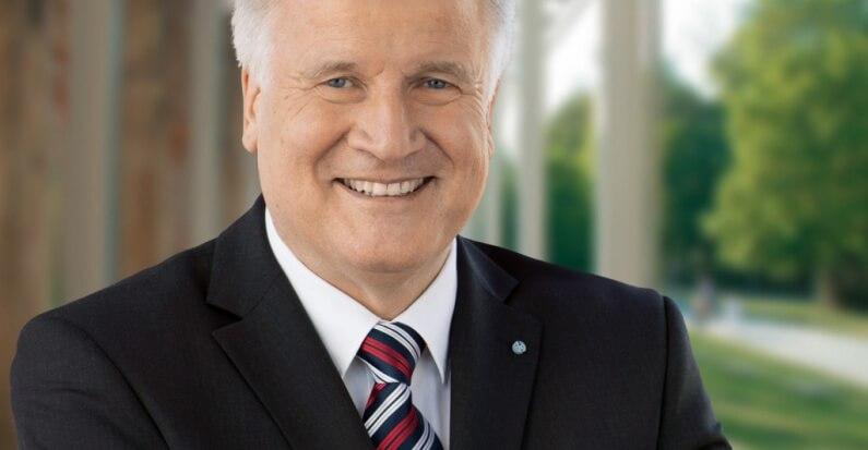 Stabiler Strompreis: Seehofer will EEG-Umlage mit staatlichem Fonds stützen
