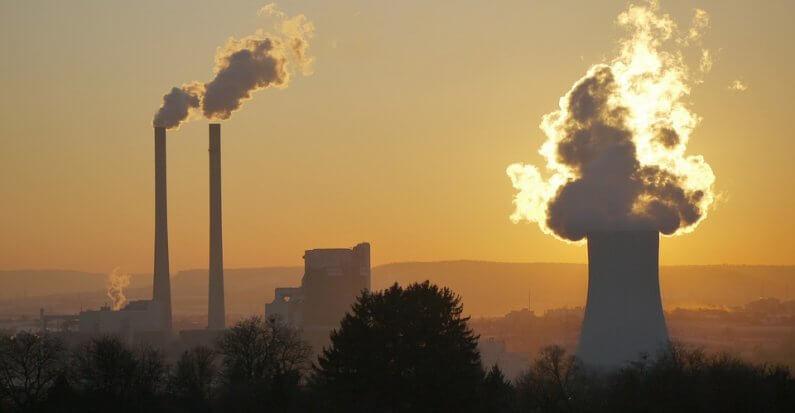 Hitzewelle bedroht nun auch Kraftwerke: Anlagen können nicht ausreichend gekühlt werden